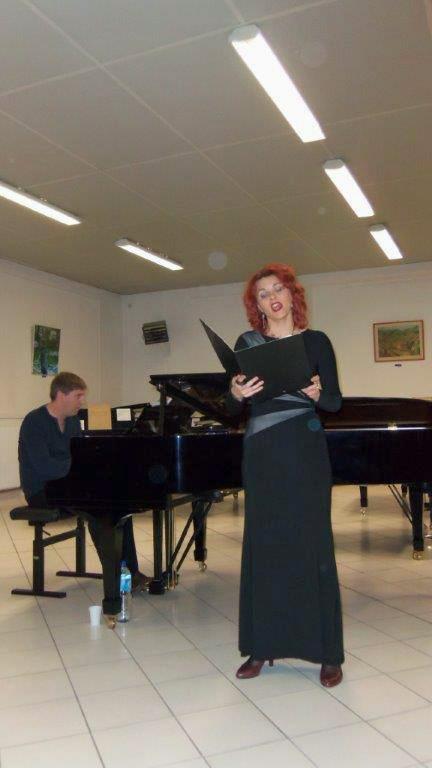 Tatiana Vernoux chante