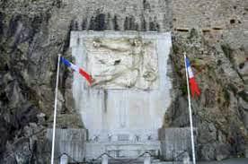monument-tournon